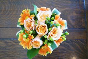 花瓶のいらない花束 フラワーギフト 送料無料 ネット通販花屋花樹有(かじゅある )