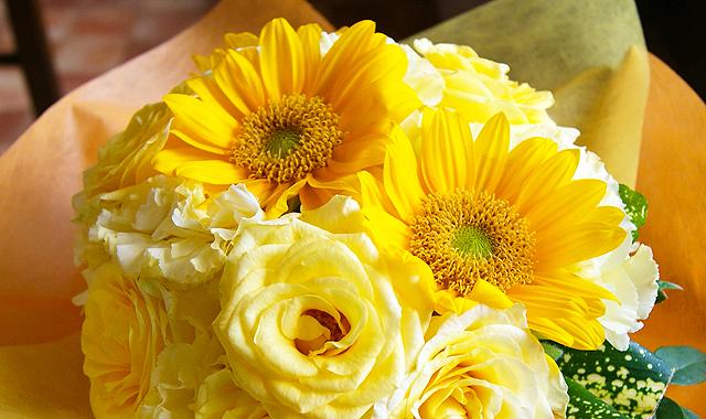 花瓶のいらない花束 デコールブーケ ヒマワリ 送料無料 フラワーギフトネット通販花屋花樹有(かじゅある )